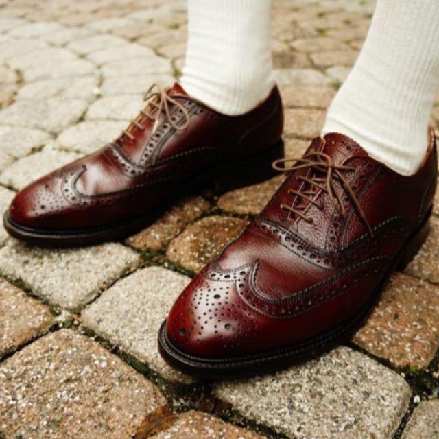 Loake 棗紅雕花皮鞋 英國製