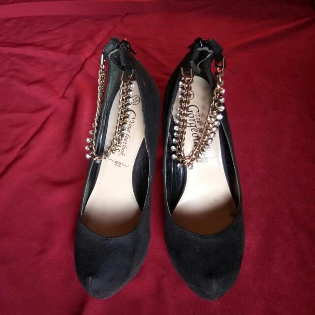 Newlook pump heels black