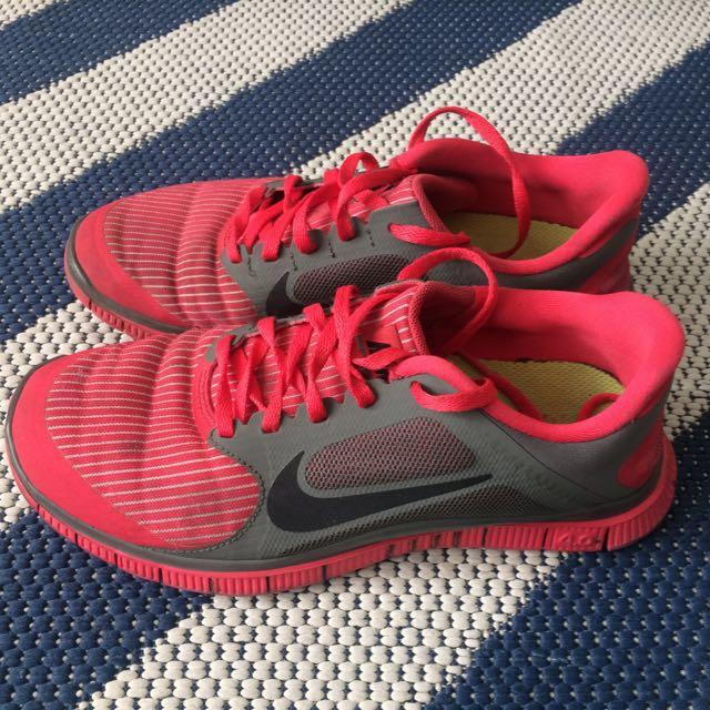 nike shoes (no replica)