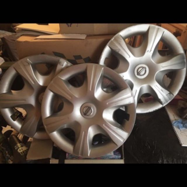 Nissan tiida original wheel cover