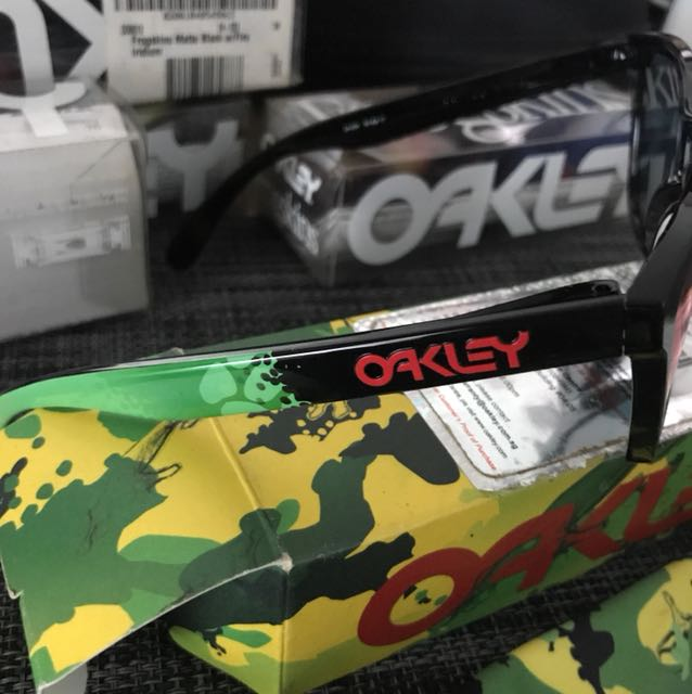 oakley limited edition jupiter camo frogskins sunglasses