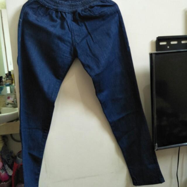 Sale 50k Jeans Pinggang karet Likenew