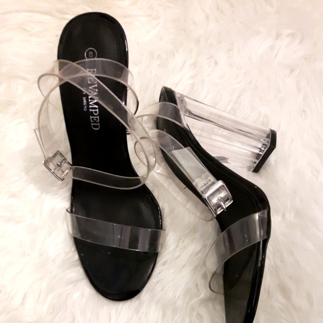 Size 8 heels (can fit size 7)