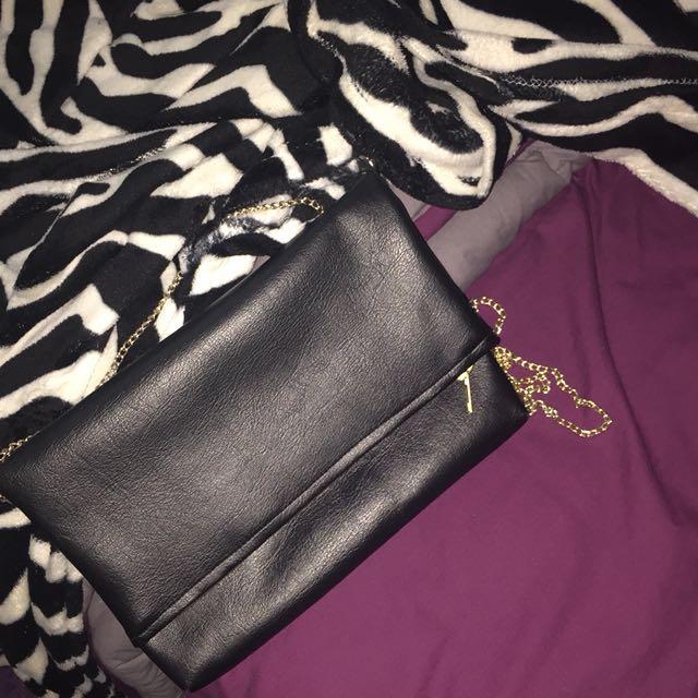 Sling Bag Hitam