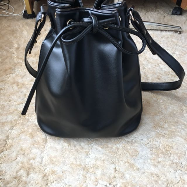 URBAN OUTFITTERS COOPERATIVE BLACK BUCKET BAG