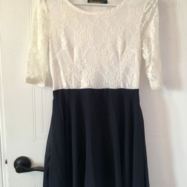 White lace and blue chiffon dress - Small