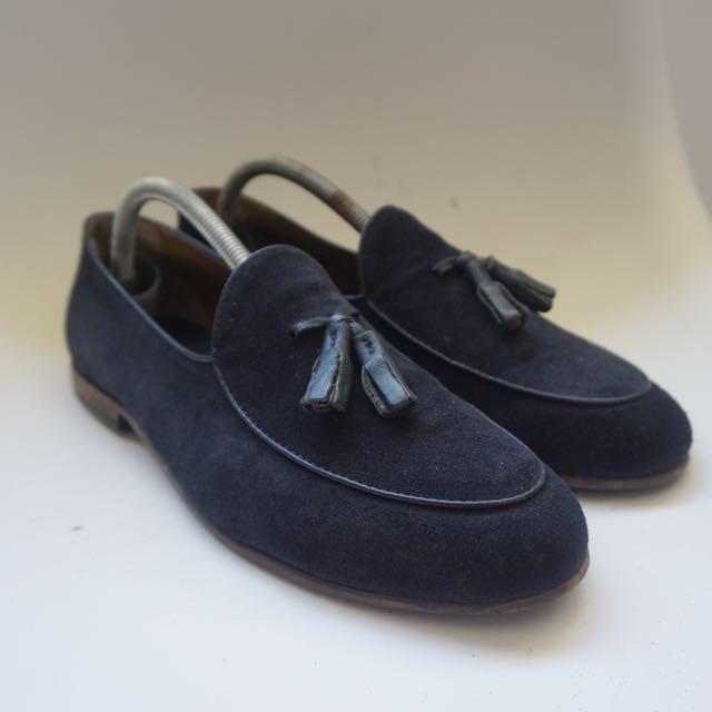 08c22560 Zara Men Navy Tassel Loafers, Men's Fashion, Footwear on Carousell