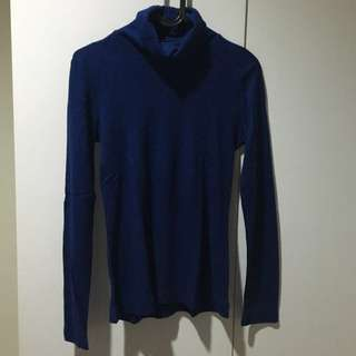 Sweater Turtleneck Uniqlo