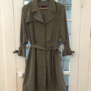 Banana Republic Size S Trench
