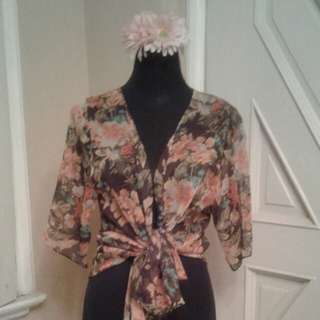 Floral wrap kimono top
