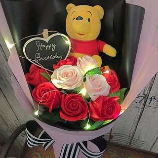 Bouquet- Authentic Pooh With Scented Roses And LED lights