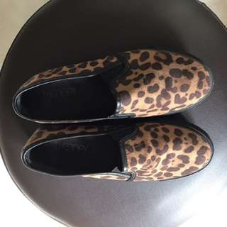 Therapy Shoe Macan size 7