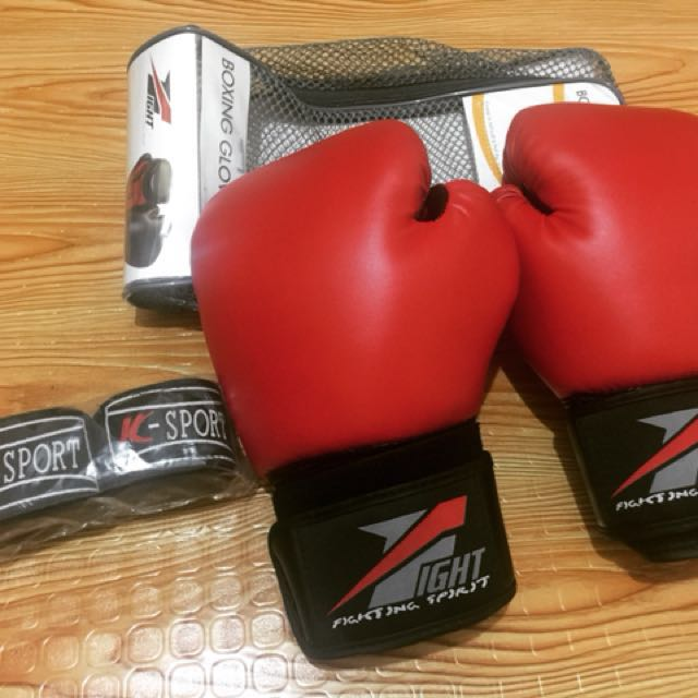 10 oz Boxing gloves only