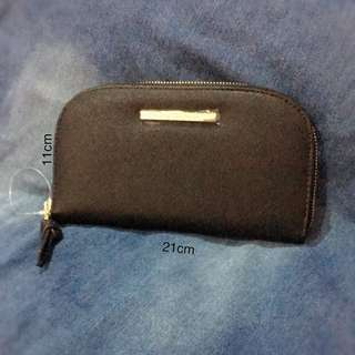 Authentic Steve Madden Zip Around Wallet
