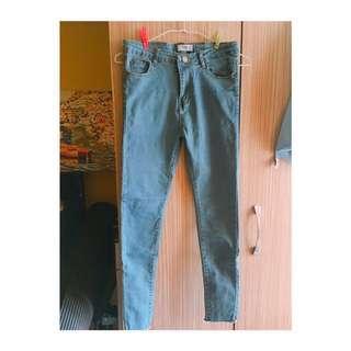 簡約🌿淺藍直筒貼腿小腳牛仔褲 #長褲特賣