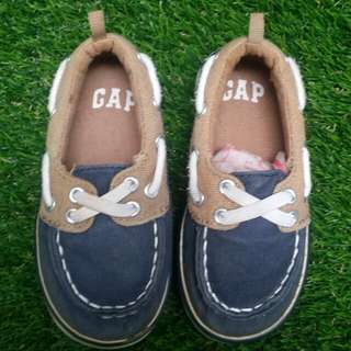 Authentic GAP baby shoe