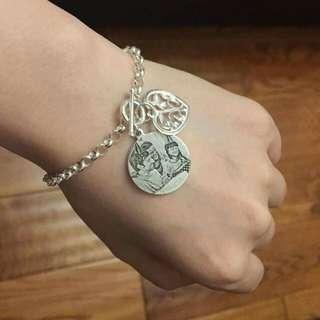 Engrave photo necklace bracelet