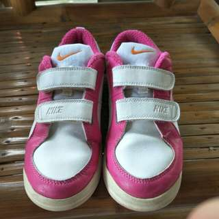 Repriced!!! Nike kids shoes