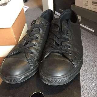 Converse Black 'Dainty' style size 8US