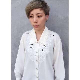 🌟古著🔹米白 雕花襯衫