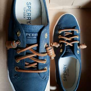 Sperry Seacost Navy