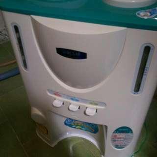 冰.溫.熱.飲水機