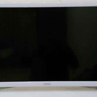 """Samsung LED Smart TV 32"""""""
