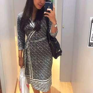Donna Morgan Exclusive Wrap Dress