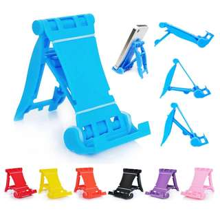 Universal cellphone and tablet stand