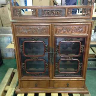 Lockable Wooden Wine Cabinet/Rack With Chinese Designs