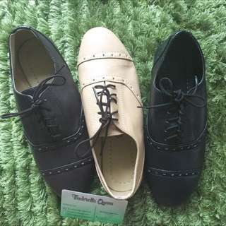 Oxford Close Shoes