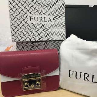 Furla Mini Metropolis sling bag