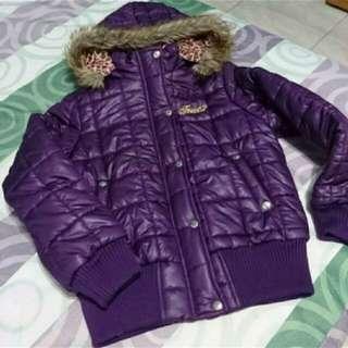 紫色鋪面外套