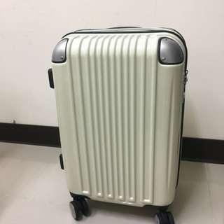 19吋全新白色行李箱