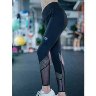 (in stock)yoga pants - free delivery