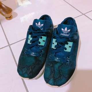 含運 Adidas 球鞋 38號