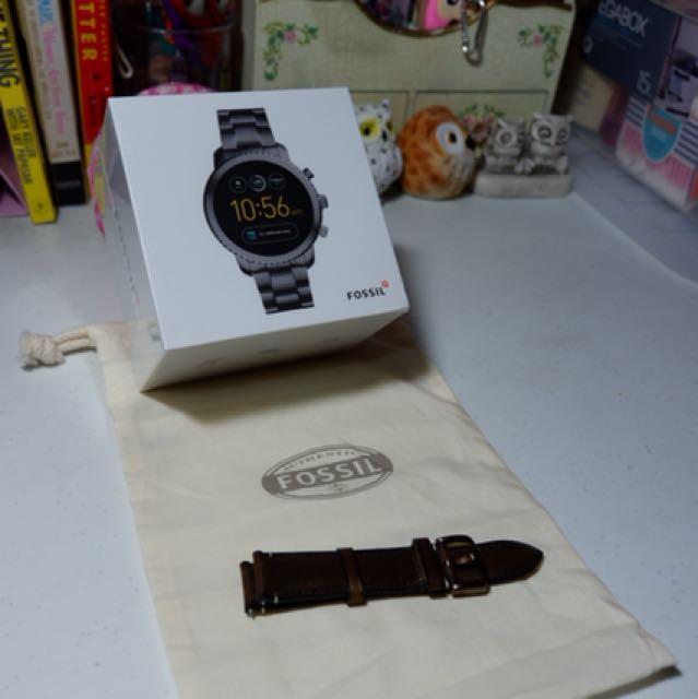 3rd Gen smartwatch Q Explorist