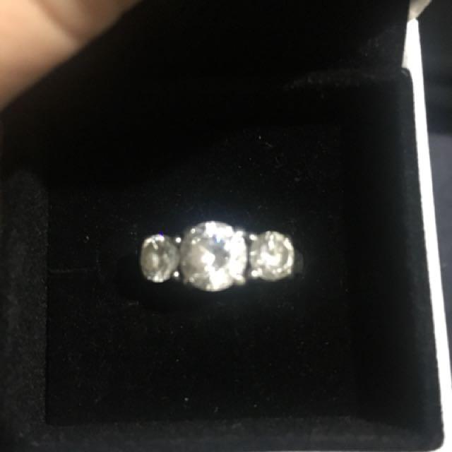 925 Sterling Silver cz Ring