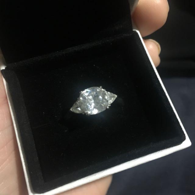 925 Sterling Silver Ring cz