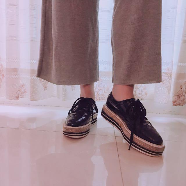 正韓皮革厚底鬆糕鞋
