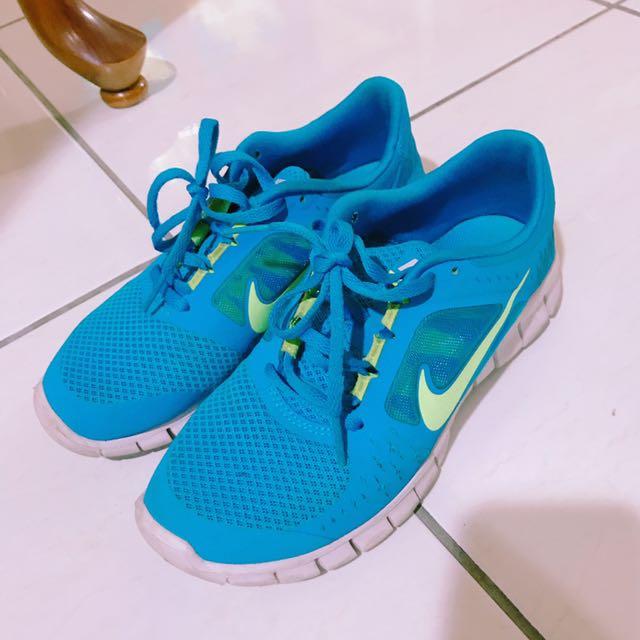 含運 Nike 球鞋 37.5號