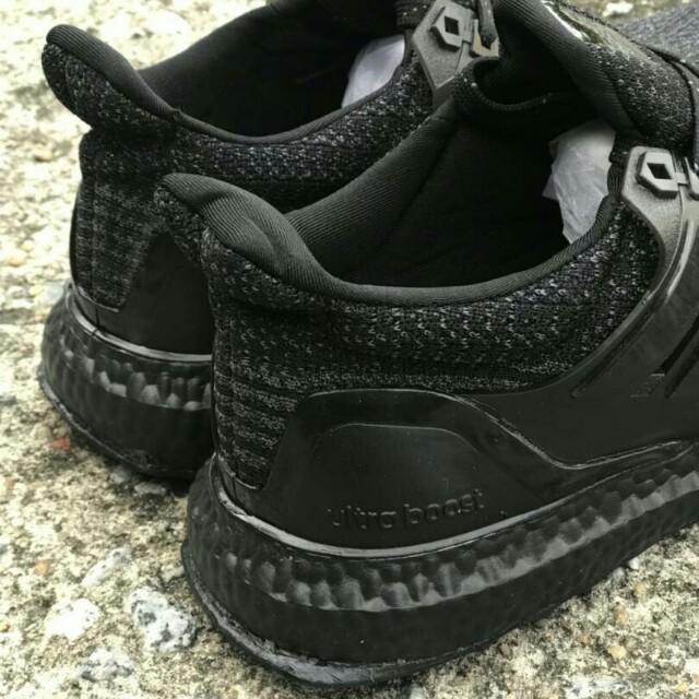 Adidas ultraboost All black