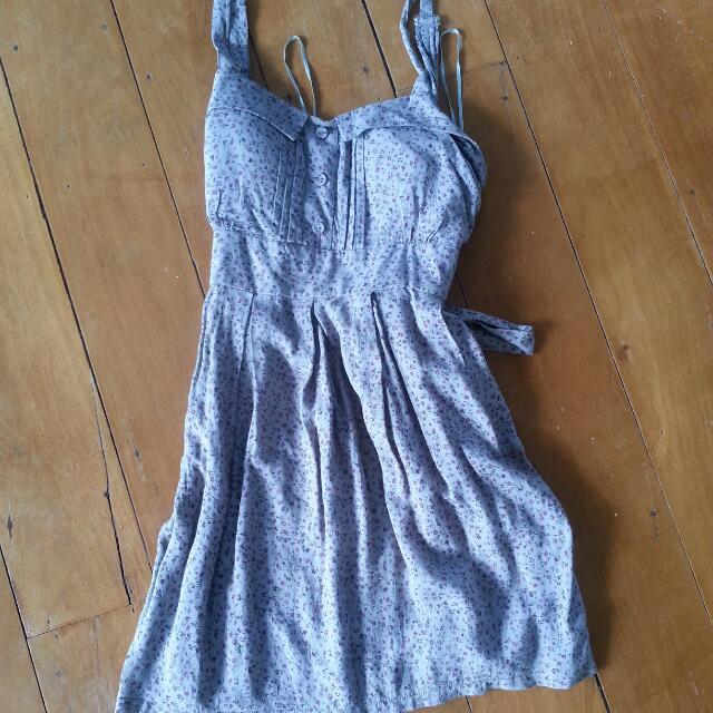 Adorable Grey Summer Dress