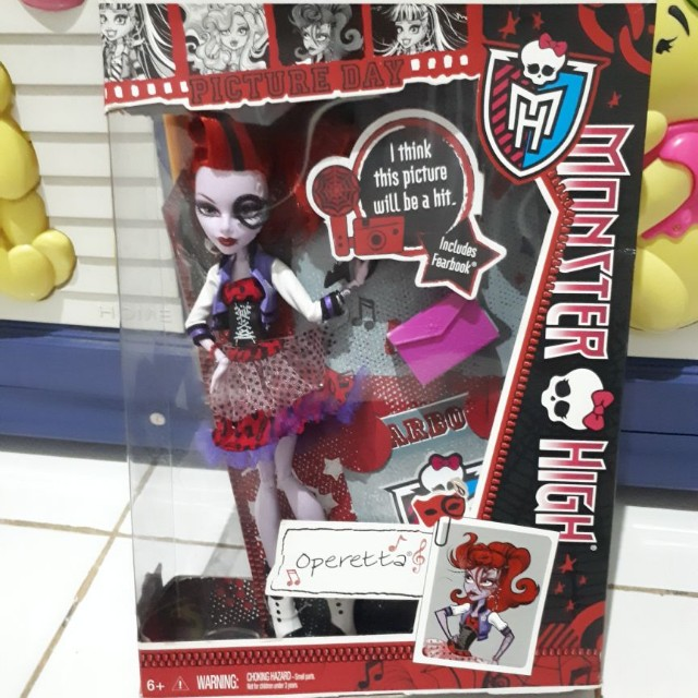 Barbie Monster High Operetta Picture Day Toys Collectibles Toys On Carousell