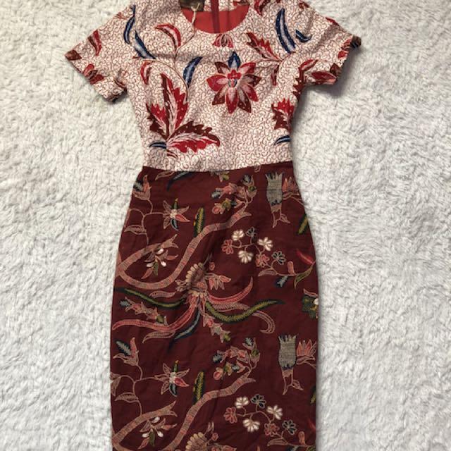Batik dress size s