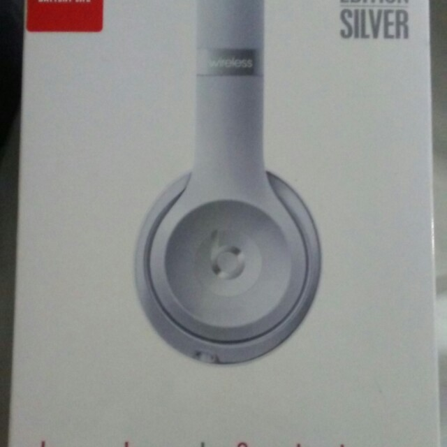 Beats Solo3 Wireless by beats by dre