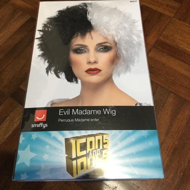 Black and white wig, cruella devill wig
