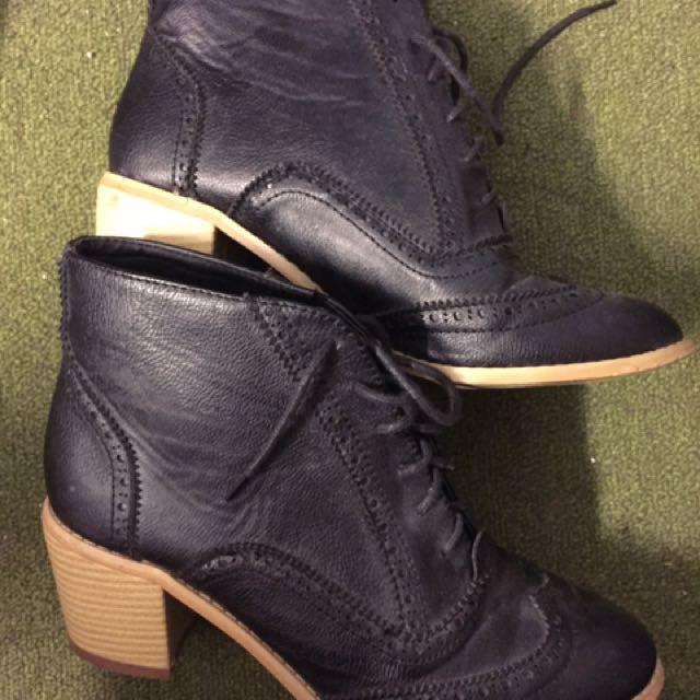 Black Boot Heels 39