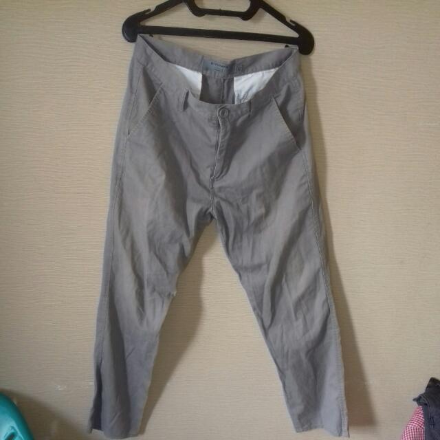 GIORDANO. Size 32