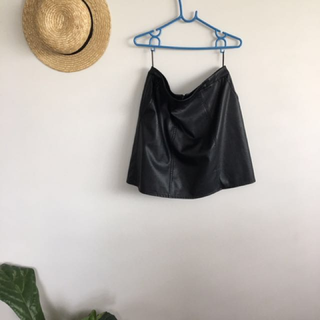 Glassons leather skirt - size 12
